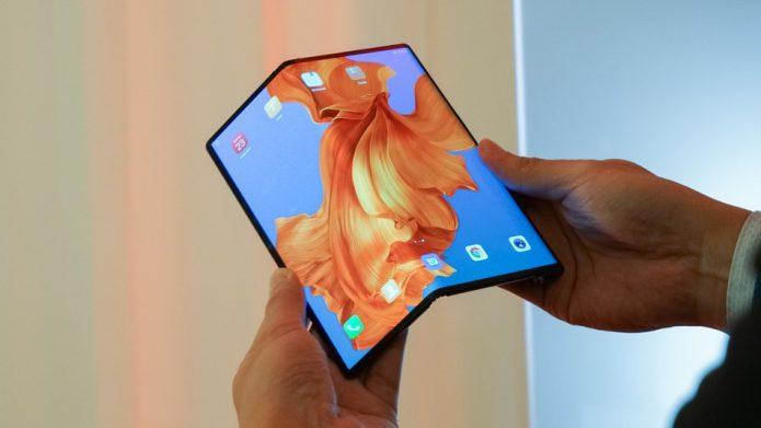 Смартфон-планшет Huawei Mate X