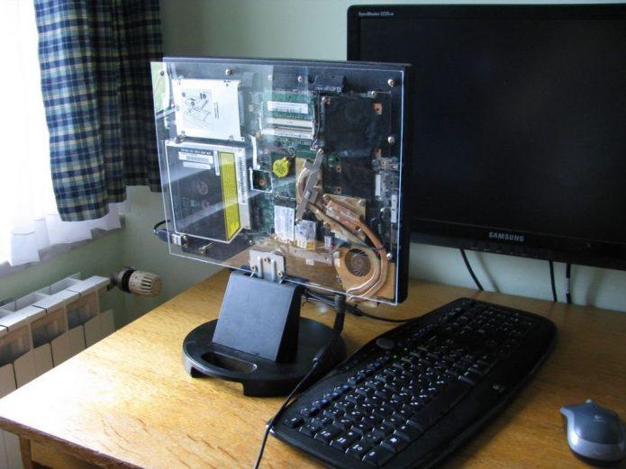 Настольный компьютер из ноутбука