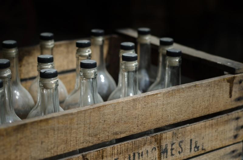 Осторожно, палёнка: как смартфон спасает от покупки контрафактного алкоголя