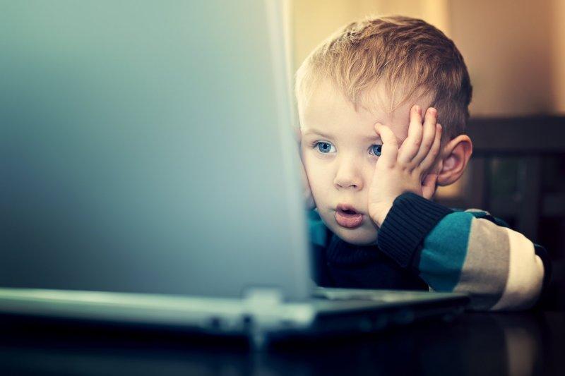Как контролировать ребенка через YouTube — проверьте настройки