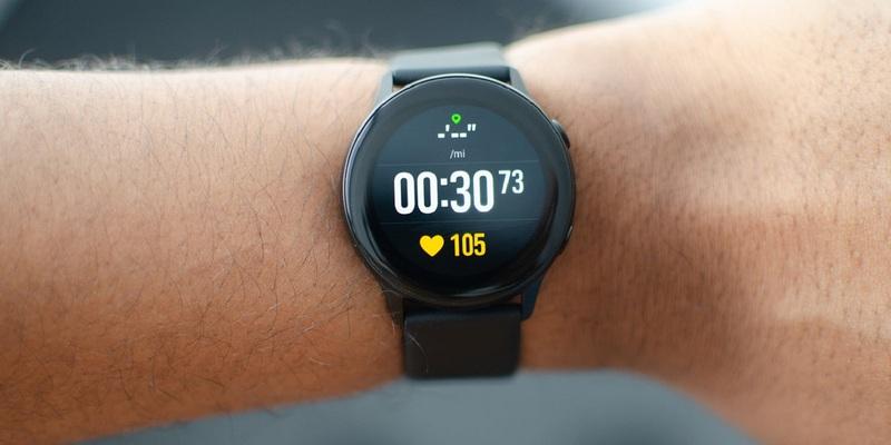 Обнародованы новые фотоSamsung Galaxy Watch Active 2