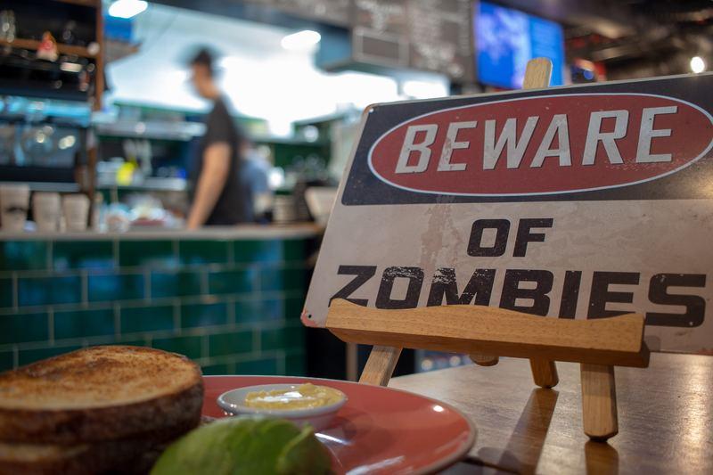 15 лучших игр на Андроид, которые спасут вас во время зомби-апокалипсиса (но это не точно)