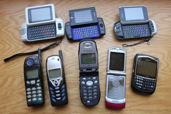 Старинные телефоны