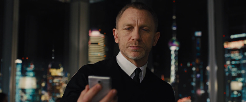 7 телефонов Джеймса Бонда — какой марке отдавал предпочтение Агент 007