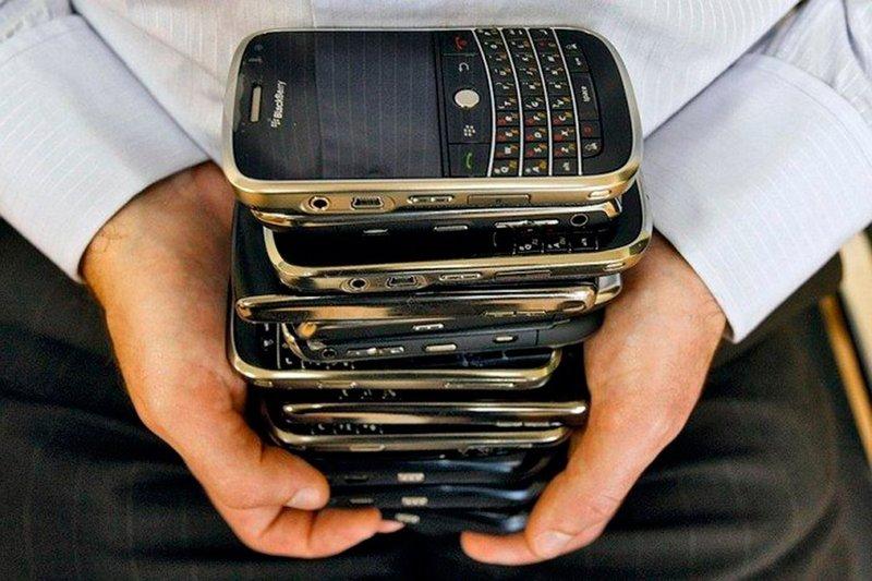 Тест: выберите телефон на картинке и узнайте о себе невероятное