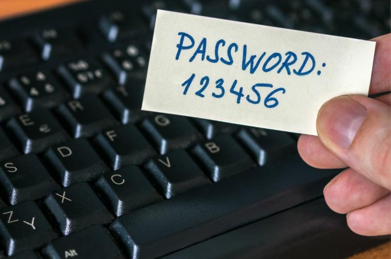 Взламывают пароли