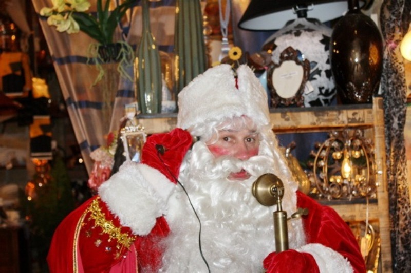 Вместо писем на Северный Полюс: как дети и взрослые могут позвонить Деду Морозу