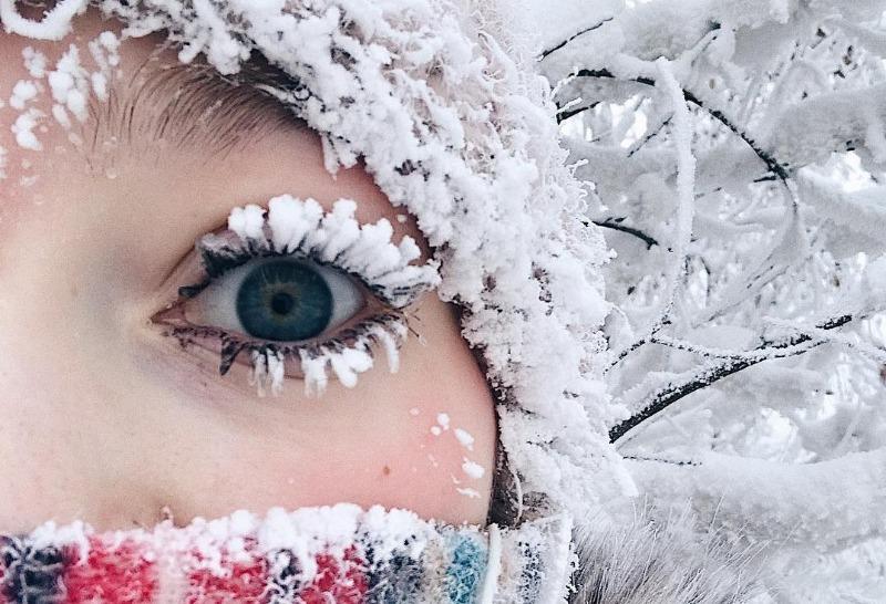 6 зимних фотографий, которые люди делают для соцсетей, а потом страдают