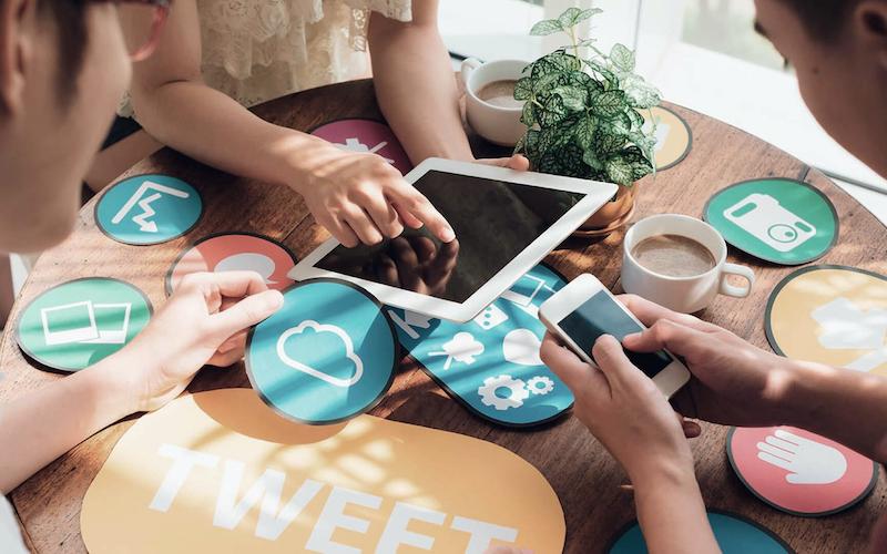 Сколько стоит группа Вконтакте, аккаунт в Инстаграме и странички в других социальных сетях