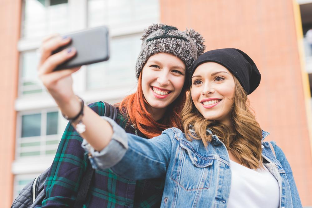 4 совета девушкам, которые обрабатывают свои фото для соцсетей