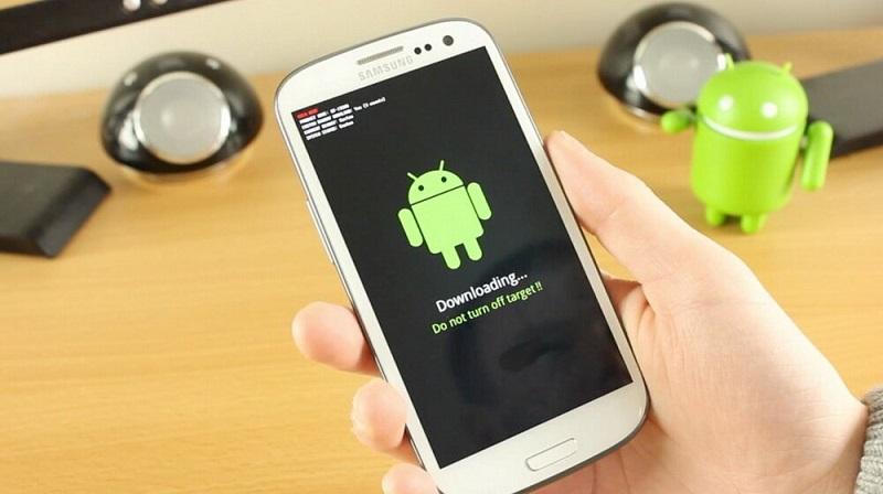 Появился вирус, который заражает смартфоны с Android и его нельзя удалить обычным антивирусом