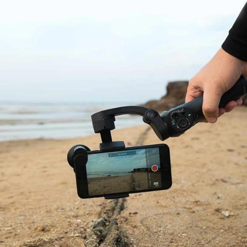 6 аксессуаров, которые помогут делать отличные фото и видео на смартфоне
