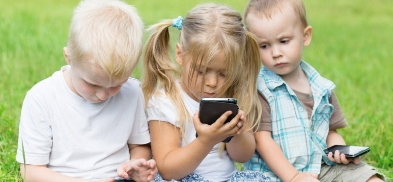 Музыкальные приложения для Android, чтобы развлечь с пользой своего ребенка