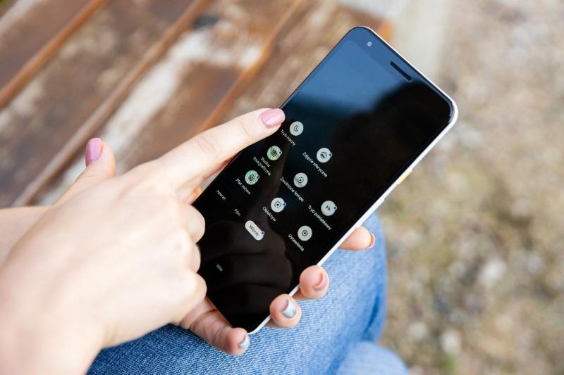 5 смартфонов, которые похожи на апрельскую новинку iPhone SE 2, только стоят дешевле