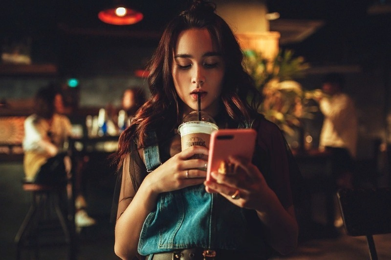 Какие действия лучше не совершать со своим телефоном