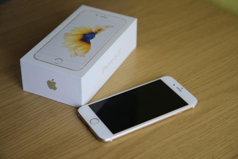 5 вещей, на которые нужно обратить внимание, если покупаешь телефон с рук